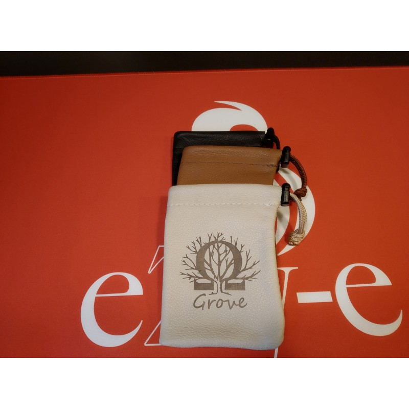 Ohm, Grove Leather Bag Big gestapelt
